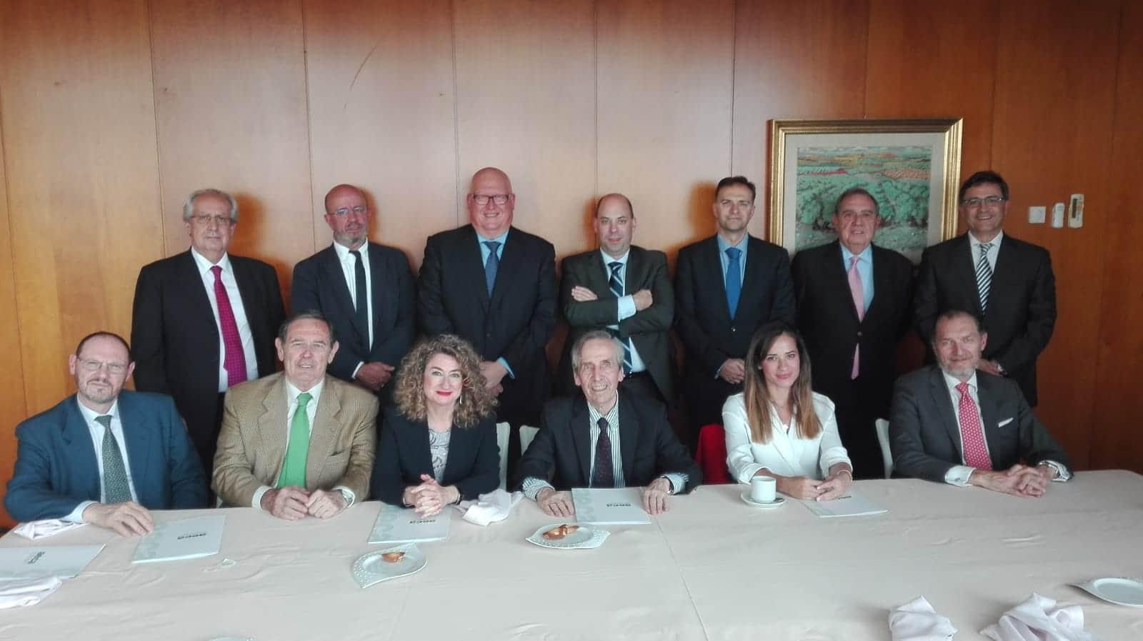 almuerzo-jurado-premioarticulos-2018