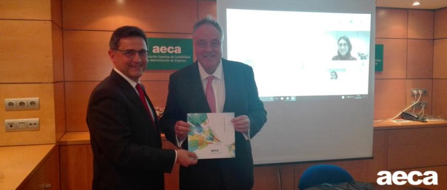 El CEO del IIRC visita la sede de AECA