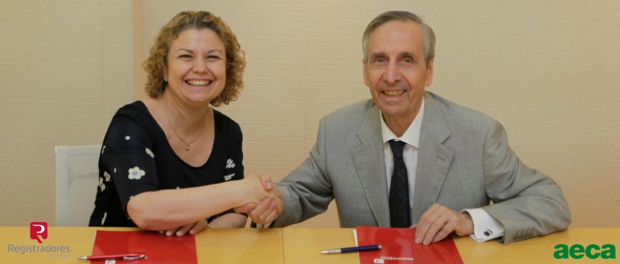 AECA y Registradores firman un convenio