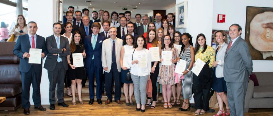 Entregas AECA de Premios y Becas 2019
